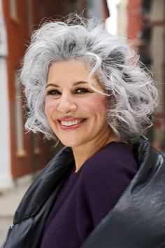 Layered medium short curly haircut for gray hair Grey Curly Hair, Long Gray Hair, Silver Grey Hair, Curly Hair Cuts, Curly Hair Styles, Medium Lenth Hair, Short Shaggy Haircuts, Grey Haircuts, Haircut For Thick Hair