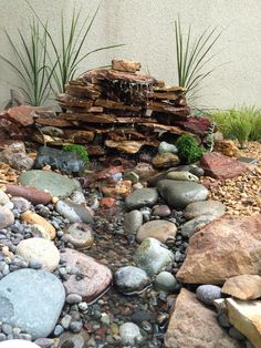 Fuente de agua en casa Indoor Bonsai Tree, Water Pond, Home Spa, Chill, Water Features, Outdoor Spaces, Fountain, Landscape, Waterfalls