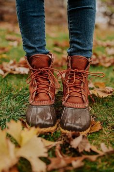 LL bean boots: the perfect shoes for visiting a tree farmYou can find Ll bean and more on our website.LL bean boots: the perfect shoes for visiting a tree farm Bean Boots Outfit, Ll Bean Boots, Fashion Models, Women's Fashion, Kelly Fashion, Fashion Watches, Fashion Trends, Farm Fashion, Camping Fashion