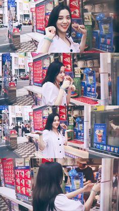 Blackpink Jisoo, South Korean Girls, Korean Girl Groups, Lisa Park, Black Pink ジス, Blackpink Members, Lisa Blackpink Wallpaper, Blackpink Photos, Jennie Blackpink