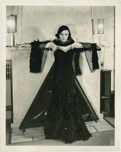 Pola Negri.