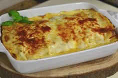 Lasanha de atum, prática e económica Pasta, Lasagna, Macaroni And Cheese, Good Food, Cooking Recipes, Food And Drink, Healthy, Ethnic Recipes, Quiches
