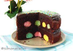 simonacallas : Chocolate Cake with Coconut Cream Cheese Balls / Tort de ciocolată cu bile din cocos