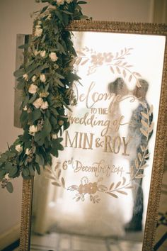 6 Wedding Mirror Signs That Will Have You Forgetting About Chalkboards | Brides
