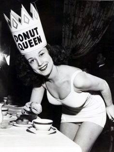 Donut Queen (pin up girl) Vintage Photographs, Vintage Photos, Just In Case, Just For You, I Can Do Anything, I Am A Queen, Queen Anne, King Queen, Glamour