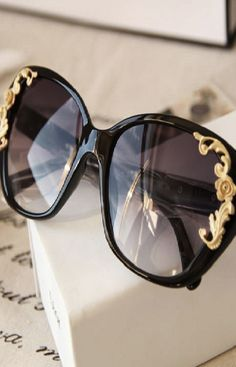 52f8dec14a Lady Women Vintage Gold-tone Roses Carving Oversize Black Frame Sunglasses  Sun Glasses Sun With