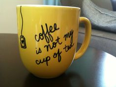 Diy Crafts Design Ideas Gift Ideas Sharpie Mugs Crafty Things Diy Sharpie Mug Designs, Diy Mug Designs, Sharpie Mugs, Homemade Gifts, Diy Gifts, Coffee Cup Crafts, Diy Mugs, My Cup Of Tea, Diy Projects To Try