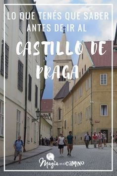 El Castillo de Praga no es solo un castillo, así como podemos imaginarnos, es un complejo fortificado con numerosos monumentos y rincones para visitar, es como una pequeña ciudad. Por eso, es bueno dedicarle varias horas a conocerlo. Les compartimos información práctica y nuestra experiencia. #praga #republicachecha #castillodepraga #callejondeoro #europa #viajar #historia #viajarenfamilia #viajarconniños Budapest, Places To Travel, Places To Go, Real Castles, Music Genius, Visit Prague, Never Stop Exploring, Eurotrip, Great Places