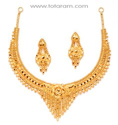 Totaram Jewelers Online Indian Gold Jewelry store to buy Gold Jewellery and Diamond Jewelry. Buy Indian Gold Jewellery like Gold Chains, Gold Pendants, Gold Rings, Gold bangles, Gold Kada Gold Necklace Simple, Gold Jewelry Simple, Gold Rings Jewelry, Gold Bangles, Gold Earrings Designs, Gold Jewellery Design, Necklace Designs, Lady, Gold Fashion