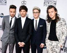 Harry Styles rocks a floral suit as One Direction hit the red carpet ready to perform at the AMAs 2015 - Sugarscape.com