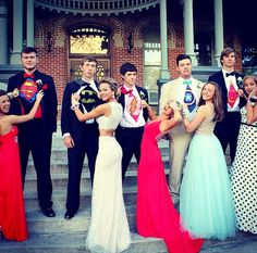 http://www.seventeen.com/prom/a30445/9-ideas-for-prom-pics-with-your-besties/