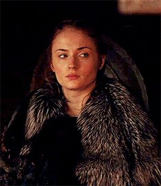 Uploaded by Marianna. Find images and videos about beautiful, gif and red hair on We Heart It - the app to get lost in what you love. Game Of Thrones Cast, Game Of Thrones Funny, The North Remembers, Female Character Inspiration, New Avengers, Sansa Stark, Sophie Turner, Face Claims, Woman Face
