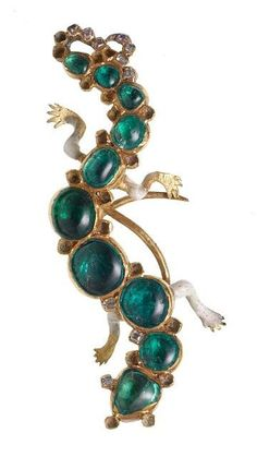 Emerald, diamond and enamel Salamander brooch © Museum of London  Cheapside Hoard