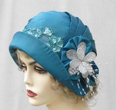 !920's Sequins and Beads Cloche Hat