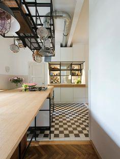 Amazing Sanierung Altbauwohnung in Wien durch IFUB Architekten