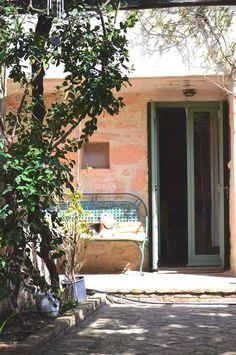 Greek Island Aigina- A Stylish Villa Greek Decor, Greece Travel, Hotel Reviews, Villa, Island, Stylish, Plants, Hot Spots, Beautiful