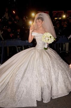 I was standing across the street that day watching the spectacle in NYC 2000!!