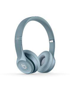 Beats Solo 2 Audífonos, plateados Beats http://www.amazon.com.mx/dp/B00IYA2RAY/ref=cm_sw_r_pi_dp_Tth7vb09W3EHN
