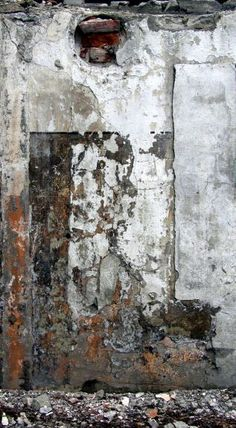 so simple - just rust, but looks so lux when lights accentate different layers of it Art Grunge, Art Texture, Peeling Paint, Wabi Sabi, Textures Patterns, Painting Inspiration, Rust, Backdrops, Abstract Art