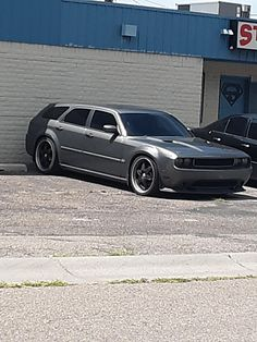 When you want a challenger but the family wants a wagon : AwesomeCarMods Dodge Wagon, Wagon Cars, Sports Wagon, Dodge Magnum, Shooting Brake, Unique Cars, Hot Rides, Modified Cars, Station Wagon