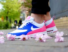 Nike WMNS Air Max Thea – Game Royal-White-Pink Glow-Wolf Grey | http://www.freshnessmag.com/2014/04/18/nike-wmns-air-max-thea-game-royal-white-pink-glow-wolf-grey/
