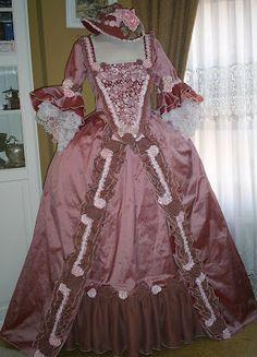 TRAJES DE EPOCA: Vestido color rosa de seda S:XVIII      gelpep@gmail.com