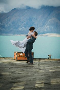 Perfect elopement wedding in Queenstown, New Zealand Elopement Wedding, Elope Wedding, Wedding Themes, Wedding Venues, Vintage Lace Gowns, Wedding New Zealand, Amazing Weddings, Destination Weddings, Photo Shoot