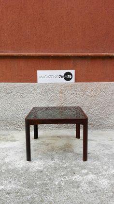 Tavolino da caffe in palissandro con piano in cristallo fume' Misure 50x50x45h Anni 60 Ottime condizioni generali Costo 150€ #magazzino76 #viapadova #Milano #nolo #viapadova76 #M76 #modernariato #vintage #industrialdesign #industrial #industriale #furnituredesign #furniture #mobili  #modernfurniture #antik #antiquariato  #palissandro #cristallo #fume #rosewood  #solocoseoriginali #anni60 #coffeetable #tavolino #designaddict #wood #design