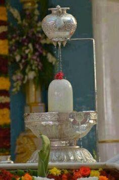 💘 top me bottom my b Shiva Linga, Mahakal Shiva, Shiva Art, Lord Krishna, Silver Pooja Items, Shiva Photos, Ganesh Statue, Lord Shiva Hd Wallpaper, Lord Shiva Family