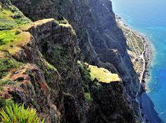Portugal, Madeira: Adembenemende klif Cabo Girão #casadomiradouro www.casadomiradouro.com #madeiracasa www.madeiracasa.com