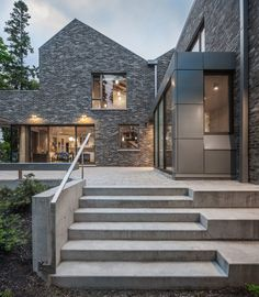 Waterfront Farm Residence in Canada Was Designed by the Architectural Firm Trevor Horne Architects