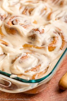 Incredibly soft cinnamon rolls are filled with real pumpkin and pumpkin pie spice for a warm, fall breakfast dream! These pumpkin cinnamon rolls are absolutely scrumptious. Detailed step-by-step photos teach you how to bake this cinnamon roll recipe. Best Pumpkin, Pumpkin Pie Spice, Pumpkin Puree, Fall Desserts, Dessert Recipes, Pumpkin Cinnamon Rolls, Fall Breakfast, Bread And Pastries, Bakery Cakes