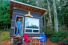 Man builds low-cost tiny home with recycled materials for $500 | TreeHugger
