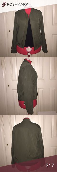 "Forever 21 Contemporary Bomber Jacket EUC Forever 21 Contemporary Bomber Jacket EUC Color: Olive Size: Large Measurements when Flat: Bust: 20"" Waist: 20"" Length: 23"" Fabric Composition: Shell: 100% Lyocell; Lining: 100% Polyester *In excellent condition. No pilling or stretching. Perfect for a variety of occasions. Day to night. Forever 21 Jackets & Coats"