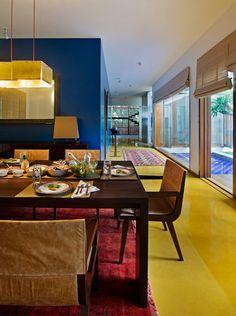 Jaisalmer Yellow Sandstone Floors Accent this Indian Home - http://freshome.com/jaisalmer-floors-in-india/