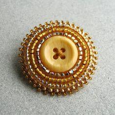 ButtonArtMuseum.com - Operation Tackle That Bead Stash! beaded button
