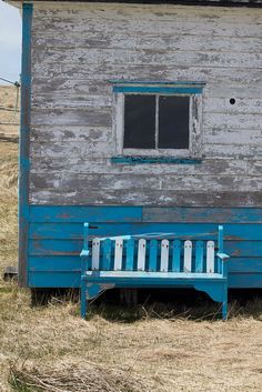 blue paint on bench.blue and white-grey faded paint of shack Country Bumpkin, Country Charm, Hammock Swing, Old Churches, Old Farm Houses, Bedroom Themes, Color Of Life, Building A House, White Bench