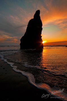 Sunset at Ruby Beach near Forks Washington ~ Colette Le Mason @}-,-;---