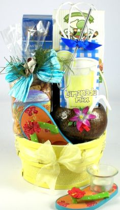 This gift offers a cheerful yellow summer gift basket filled with wonderful tropical treats. Summer Gift Baskets, Gift Baskets For Men, Themed Gift Baskets, Gourmet Gift Baskets, Christmas Gift Baskets, Raffle Baskets, Wine Baskets, Christmas Ideas, Christmas Snacks
