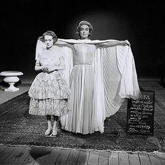 Bette Davis and Joan Crawford - wardrobe test for Hush Hush Sweet Charlotte 1964 Hollywood Cinema, Vintage Hollywood, Hollywood Glamour, Classic Hollywood, Hollywood Stars, Hollywood Actresses, Hush Hush Sweet Charlotte, Celebrity Feuds, Bette Davis Eyes