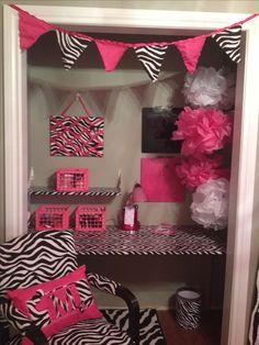 Pink zebra print bedroom girly (Diy Curtains Closet)