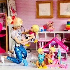 Original Barbie Doll, Barbie Doll Set, Baby Barbie, Beautiful Barbie Dolls, Mattel Barbie, Baby Alive Dolls, Baby Dolls, Barbie Chelsea Doll, Barbies Pics