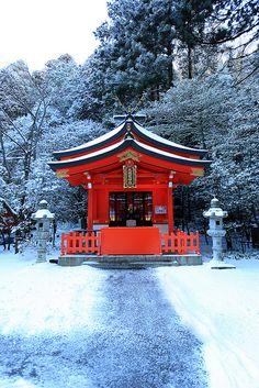 Snowy Hakone-jinja Shrine. Hakone is the hot springs resort that is famous in Japan.Nine head dragon Shrine.