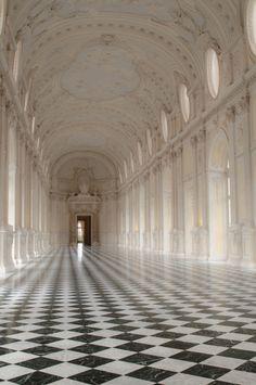 Turin (by bautisterias)