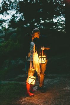 Glowing lanterns | Photo by http://lucidcaptures.com