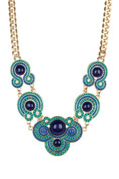 Turquoise Organic Shape Detailed Statement Necklace