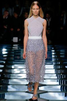 Balenciaga SS 2015: precioso bustier