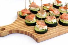 Jednoduchá fitness pizza z tvarohu a ovsených vločiek Snack Recipes, Healthy Recipes, Snacks, Avocado Egg, Tasty Dishes, Zucchini, Sushi, Food And Drink, Low Carb