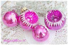 4 Alte Christbaumkugeln Pink Shabby Chic Vintage von Wohngeschichten von K. auf DaWanda.com