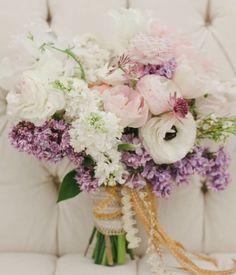 Wedding bouquet idea; Featured Photographer: The Nichols